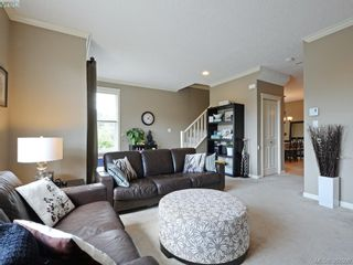 Photo 3: 848 Arncote Ave in VICTORIA: La Langford Proper Row/Townhouse for sale (Langford)  : MLS®# 768487