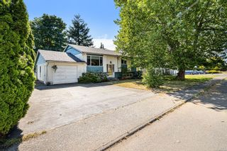 Photo 2: 4675 Macintyre Ave in : CV Courtenay East House for sale (Comox Valley)  : MLS®# 881390
