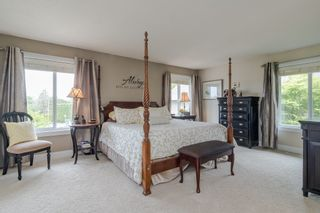 "Photo 22: 34661 WALKER Crescent in Abbotsford: Abbotsford East House for sale in ""Skyline"" : MLS®# R2369860"