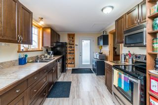 Photo 3: 695 ALWARD Street in Prince George: Crescents House for sale (PG City Central (Zone 72))  : MLS®# R2602135