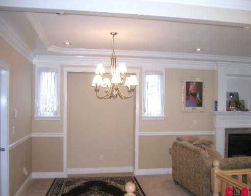 Photo 5: Photos: 9665 123A ST in Surrey: Cedar Hills House for sale (North Surrey)  : MLS®# F2525308