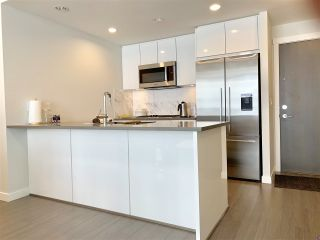 """Photo 7: 507 3281 E KENT NORTH Avenue in Vancouver: South Marine Condo for sale in """"Rhythm"""" (Vancouver East)  : MLS®# R2425686"""