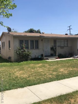 Photo 4: EL CAJON House for sale : 3 bedrooms : 717 Hillsview Rd