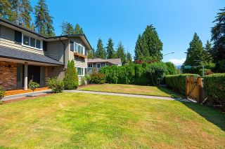 Photo 3: 2009 BOULEVARD Crescent in North Vancouver: Boulevard House for sale : MLS®# R2624697