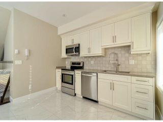 """Photo 5: 1814 E PENDER Street in Vancouver: Hastings Townhouse for sale in """"AZALEA HOMES"""" (Vancouver East)  : MLS®# V1051710"""