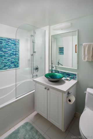 Photo 27: DOWNTOWN Condo for sale : 2 bedrooms : 500 W Harbor Drive #405 in San Diego