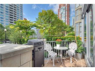 """Photo 1: 1473 HOWE Street in Vancouver: Yaletown Townhouse for sale in """"THE POMARIA"""" (Vancouver West)  : MLS®# V910329"""