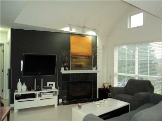 Photo 2: 302 2388 WELCHER Avenue in Port Coquitlam: Central Pt Coquitlam Condo for sale : MLS®# V921029
