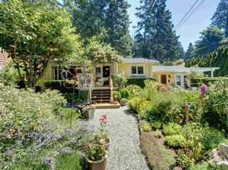 Photo 1: 8594 REDROOFFS Road in Halfmoon Bay: Halfmn Bay Secret Cv Redroofs House for sale (Sunshine Coast)  : MLS®# R2599178