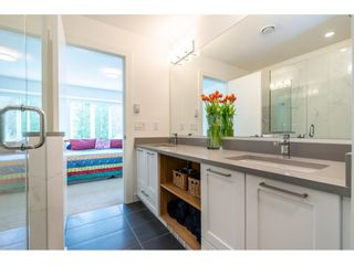 """Photo 17: 64 288 171 Street in Surrey: Pacific Douglas Townhouse for sale in """"The Crossing"""" (South Surrey White Rock)  : MLS®# R2573999"""
