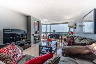 "Photo 5: 1704 1065 QUAYSIDE Drive in New Westminster: Quay Condo for sale in ""QUAYSIDE TOWER II"" : MLS®# R2181912"