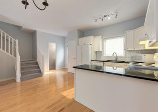 Photo 13: 306 20 Street NW in Calgary: West Hillhurst Row/Townhouse for sale : MLS®# A1130619