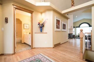 Photo 4: 147 Valley Ridge Green NW in Calgary: Valley Ridge Detached for sale : MLS®# A1071656