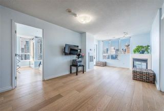 Photo 3: 2702 63 Keefer Place in Vancouver: Downtown VW Condo for sale (Vancouver West)  : MLS®# r2441548