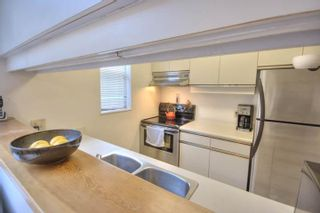 """Photo 10: 6B 766 W 7TH Avenue in Vancouver: Fairview VW Townhouse for sale in """"THE WILLOW COURT"""" (Vancouver West)  : MLS®# V738197"""