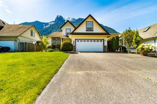 """Photo 3: 65580 DOGWOOD Drive in Hope: Hope Kawkawa Lake House for sale in """"KETTLE VALLEY STATION"""" : MLS®# R2577152"""