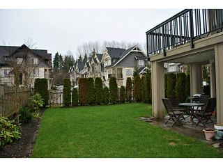 "Photo 7: 105 3105 DAYANEE SPRINGS Boulevard in Coquitlam: Westwood Plateau Townhouse for sale in ""WHITE TAIL LANE"" : MLS®# V985582"
