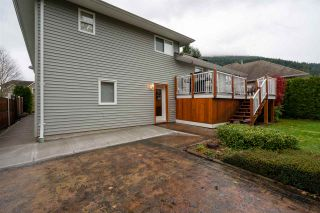 Photo 34: 452 NAISMITH Avenue: Harrison Hot Springs House for sale : MLS®# R2517364
