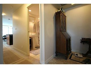 """Photo 10: 1002 1680 BAYSHORE Drive in Vancouver: Coal Harbour Condo for sale in """"BAYSHORE TOWER"""" (Vancouver West)  : MLS®# V1111737"""