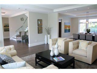 Photo 4: 950 GLENORA AV in North Vancouver: Edgemont House for sale