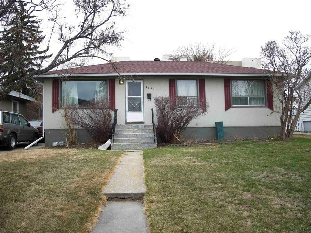 Main Photo: 1709 32 Street SW in Calgary: Shaganappi Detached for sale : MLS®# C4241048