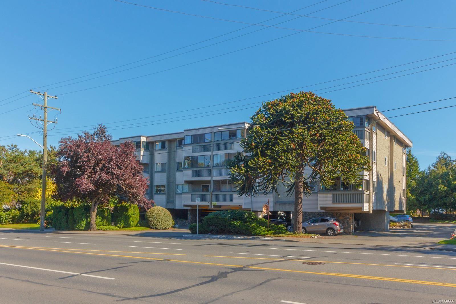 Main Photo: 202 1525 Hillside Ave in : Vi Oaklands Condo for sale (Victoria)  : MLS®# 860666