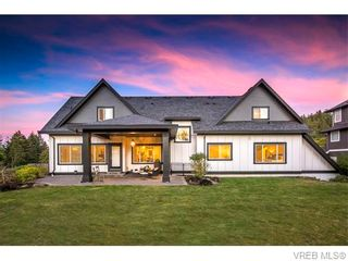 Photo 2: 2038 Troon Crt in VICTORIA: La Bear Mountain House for sale (Langford)  : MLS®# 742556