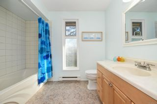 Photo 30: 2311 Strathcona Cres in : CV Comox (Town of) House for sale (Comox Valley)  : MLS®# 858803