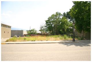Photo 1: 704-706 Cliff Avenue in Enderby: Downtown Vacant Land for sale : MLS®# 10138540