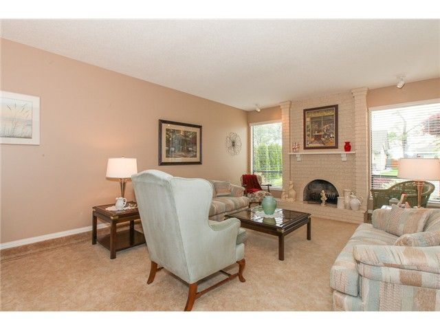 Photo 2: Photos: 5279 PATON DR in Ladner: Hawthorne House for sale : MLS®# V1123683