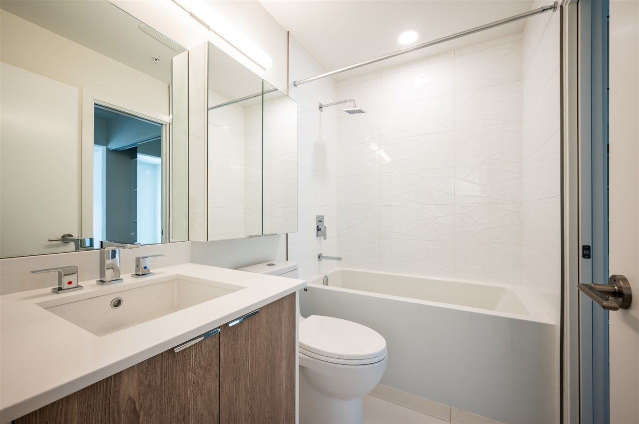 Photo 7: Photos: 410 37881 CLEVELAND Avenue in Squamish: Downtown SQ Condo for sale : MLS®# R2454752