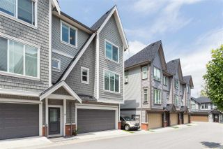 """Photo 2: 55 8217 204B Street in Langley: Willoughby Heights Townhouse for sale in """"EVERLY GREEN"""" : MLS®# R2437299"""