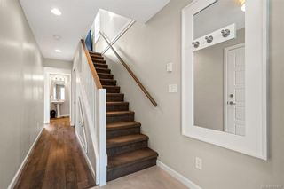 Photo 5: 10 3356 Whittier Ave in Saanich: SW Rudd Park Row/Townhouse for sale (Saanich West)  : MLS®# 841437
