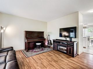 Photo 5: 159 COVEWOOD Park NE in Calgary: Coventry Hills Detached for sale : MLS®# A1083322