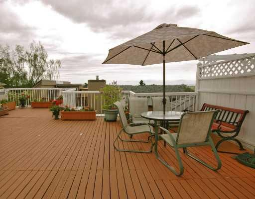 """Photo 4: Photos: 308 8633 SW MARINE Drive in Vancouver: Marpole Condo for sale in """"SOUTHBEND"""" (Vancouver West)  : MLS®# V765921"""