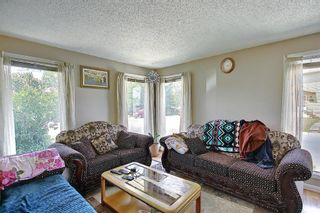 Photo 5: 217 Templemont Drive NE in Calgary: Temple Semi Detached for sale : MLS®# A1120693