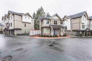 """Photo 2: 32 19097 64 Avenue in Surrey: Cloverdale BC Townhouse for sale in """"The Heights"""" (Cloverdale)  : MLS®# R2231144"""