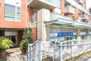 """Photo 17: 411 3811 HASTINGS Street in Burnaby: Vancouver Heights Condo for sale in """"MONDEO"""" (Burnaby North)  : MLS®# R2156944"""
