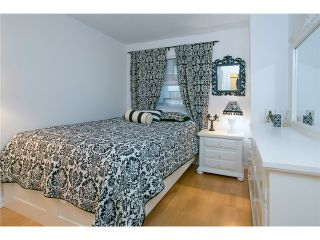"""Photo 7: 407 2181 W 12TH Avenue in Vancouver: Kitsilano Condo for sale in """"THE CARLINGS"""" (Vancouver West)  : MLS®# V987441"""