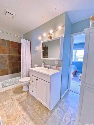 Photo 11: 330 McTavish Street in Outlook: Residential for sale : MLS®# SK870442