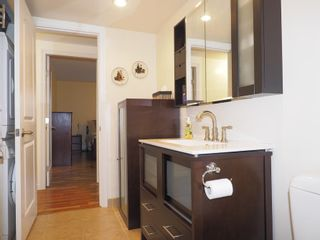"""Photo 11: 214 2320 W 40TH Avenue in Vancouver: Kerrisdale Condo for sale in """"MANOR GARDENS"""" (Vancouver West)  : MLS®# R2061277"""