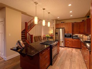 Photo 8: 2425 52 Avenue SW in Calgary: North Glenmore Park Semi Detached for sale : MLS®# A1153044