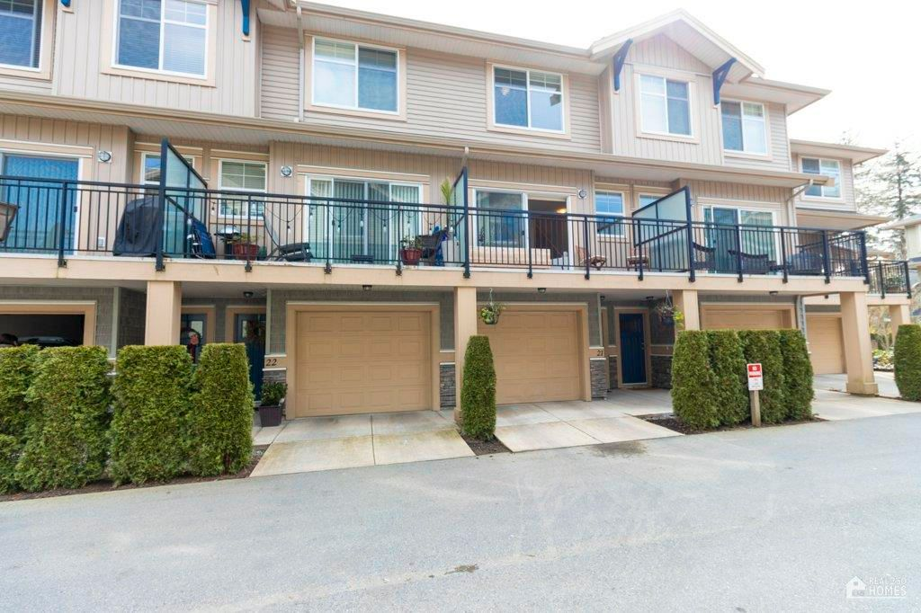 """Main Photo: 21 20967 76 Avenue in Langley: Willoughby Heights Townhouse for sale in """"Natures Walk"""" : MLS®# R2562708"""