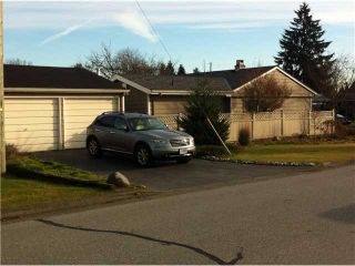 """Photo 2: 1296 PINEWOOD CR in North Vancouver: Norgate House for sale in """"NORGATE"""" : MLS®# V987658"""