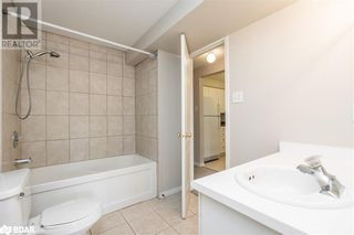 Photo 11: 117 EDGEHILL Drive Unit# 104 in Barrie: Condo for sale : MLS®# 40147841