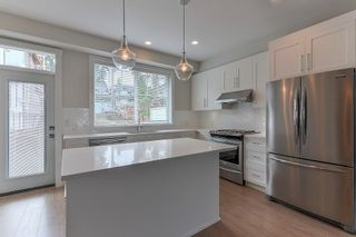 """Photo 3: 5 15717 MOUNTAIN VIEW Drive in Surrey: Grandview Surrey Townhouse for sale in """"OLIVIA"""" (South Surrey White Rock)  : MLS®# R2232194"""