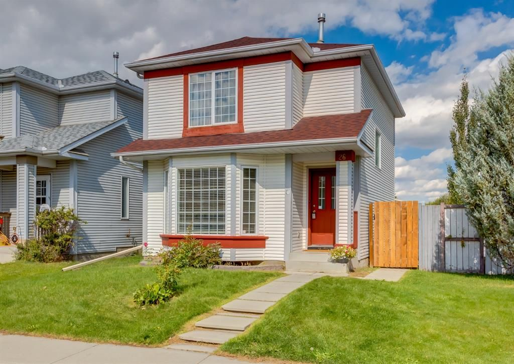 Main Photo: 26 River Rock Way SE in Calgary: Riverbend Detached for sale : MLS®# A1147690