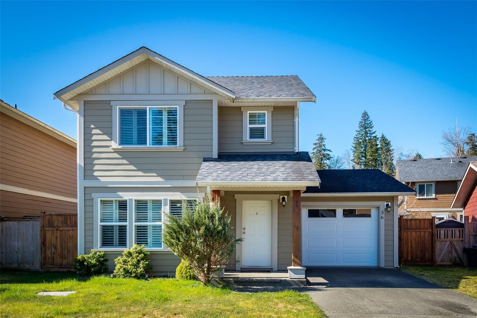 Main Photo: 56 1120 Evergreen Rd in : CR Campbell River Central House for sale (Campbell River)  : MLS®# 869807