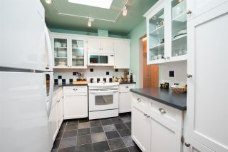 "Photo 8: 304 1055 W 13TH Avenue in Vancouver: Fairview VW Condo for sale in ""OAK WEST"" (Vancouver West)  : MLS®# R2525826"