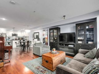 """Photo 3: 2774 ALMA Street in Vancouver: Kitsilano Townhouse for sale in """"Twenty On The Park"""" (Vancouver West)  : MLS®# R2501470"""